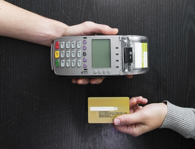 Default of Credit Card Clients/388737-PC5WB4-539.jpg